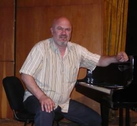 Авторски концерт на тенора Стоян Финджиков