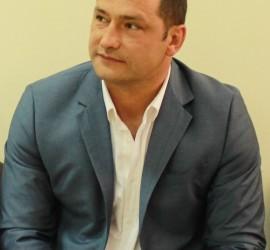 Удължиха договора на управление на Марин Вулев