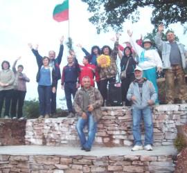 Банци ще посрещнат първото юлско слънце от върха на Калето