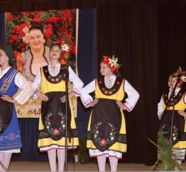 """Фолклорен празник сътвориха близо 300 изпълнители, които взеха участие в """"Ха, надпей ме"""""""