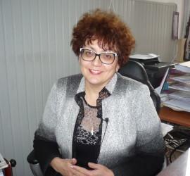 """Директорката на СОУ """"Нешо Бончев"""" Веска Барова ще замине на образователен семинар в САЩ"""