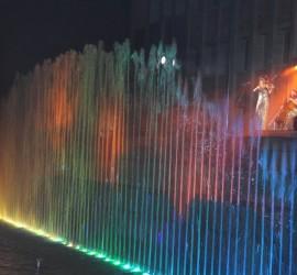 Стотици панагюрци се събраха на откриването на фонтана