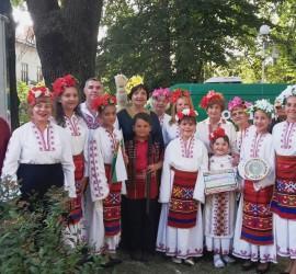 """Новосформираната вокална група """"Китка"""" направи дебютна изява на Международния фестивал в Дорково"""