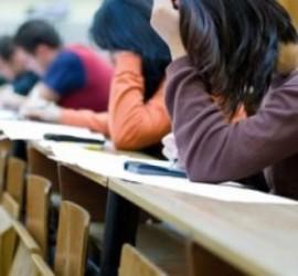 142 заявления за явяване на матури през май са подадени в панагюрските училища