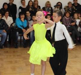 Безплатно обучение по спортни танци за ученици от Панагюрище ще се проведе за втора година