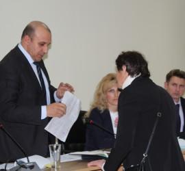 Публично обсъдиха общинския бюджет за 2016 г. в Панагюрище