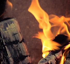 Няма да се наложи забрана на отоплението с дърва и въглища от 2016 г.