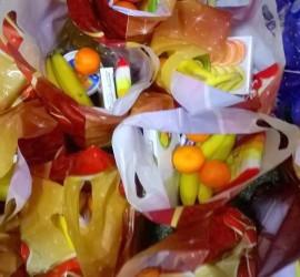 Нуждаещи се бедни хора днес ще бъдат зарадвани с празнични пакети