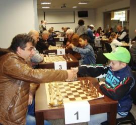 Подготвят Коледен турнир по шахмат в Панагюрище