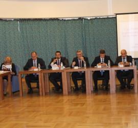 Съвместно заседание събра в Панагюрище представители на властта, синдикати и НПО-та
