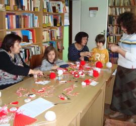 """Работилничка за мартенички ще отвори врати днес в Общинска библиотека """"Стоян Дринов"""""""