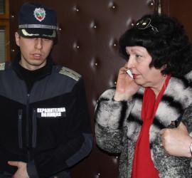 Защитата на Евстатиев заяви, че ще обжалва. С аплодисменти жителите на Стрелча посрещнаха решението на съда в Панагюрище
