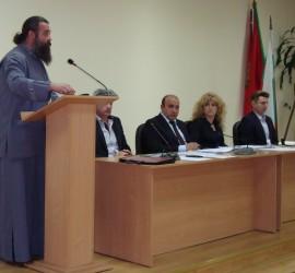 На 1-ви май в Панагюрище ще има честване. Предстои нова среща с Пловдивския митрополит