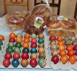 БЧК-Панагюрище ще зарадва 100 възрастни и лежащо болни от общината преди Великден