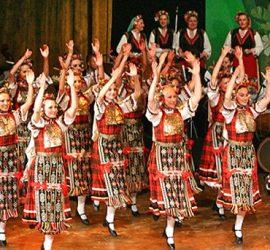 """Красотата на родния фолклор ще представи в Панагюрище Националният ансамбъл """"Филип Кутев"""""""