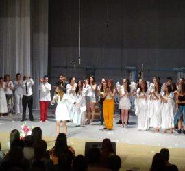 "Учениците от СОУ ""Нешо Бончев"" представиха рок операта ""Исус Христос Суперзвезда"""