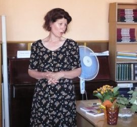 Писателката Христина Панджаридис гостува в Попинци
