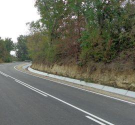 Продължава обезопасяването и почистването от храсти на критичните участъци от републиканската пътна мрежа в област Пазарджик