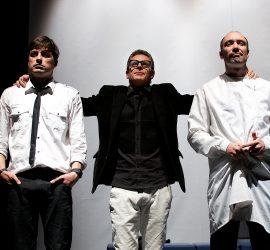 """В продажба са билетите за представлението """"АРТ"""" с участието на звездното трио Вергов-Карамазов-Бахаров"""
