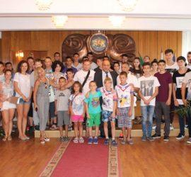Младежи от Сърбия и Румъния пристигнаха в Панагюрище за обмяна на опит