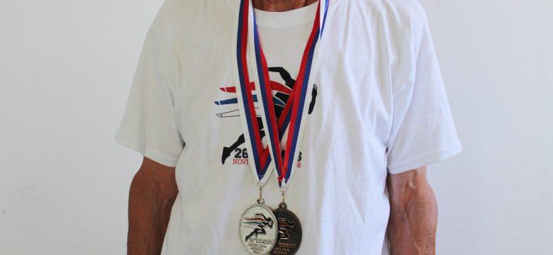 Сребро и бронз за лекоатлета ветеран Петър Петров от Балканиадата в Албания