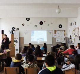 """87 ученици обхвана информационната кампания за смарт технологиите на ЦОП """"Зора"""""""