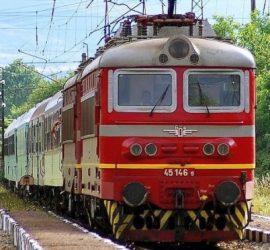 БДЖ въвежда предварителна продажба на билети за влаковете до морето през летния сезон