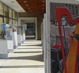 Своите съкровени срещи с улични музиканти по света споделя проф. д-р Лъчезар Цоцорков във фотоизложба, подредена в Исторически музей – Панагюрище