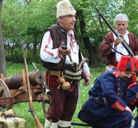 Докосване до историята с първия военно-исторически фестивал в Панагюрище