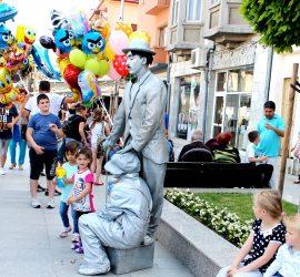 Стотици детски усмивки обагриха централния площад в Панагюрище