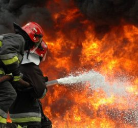 И екип на панагюрската пожарна в гасенето на огъня край Ветрен