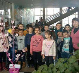 """Бончевци казаха своето """"НЕ"""" на насилието чрез различни инициативи в Деня на розовата фланелка"""