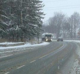 Възстановено е движението на товарни автомобили над 12 тона по Републикански път II-37 Панагюрище – Пазарджик