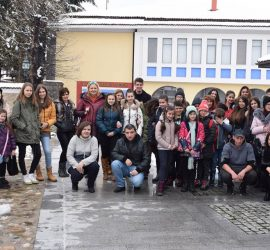 Над 30 деца от Пловдив, призьори в конкурси, посетиха Исторически музей-Панагюрище