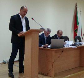 """Качеството на питейната вода в община Панагюрище е много добро, увери управителят на """"В и К-П"""" Марин Вулев"""