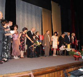 Чудесна игра на панагюрските театрали на премиерата на новото им представление