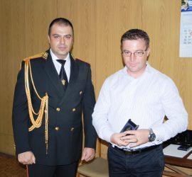 Началникът на РУ-Панагюрище гл. инсп. Петко Шотлеков беше награден с почетен знак на МВР ІІІ-та степен