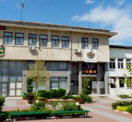 Кметът на Община Стрелча Стойно Чачов не бил принуждавал никого да пуска молба за напускане