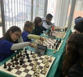 6 отбора се включиха в общинския ученически турнир по шахмат в чест на 24-ти май