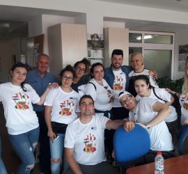"""Младежи от пет държави участваха в проекта """"Стоп на изолацията"""" на МИГ""""Панагюрище, Стрелча, Лесичово"""" по програма Еразъм+"""