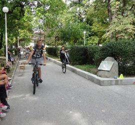 Състезание по приложно колоездене днес в градския парк