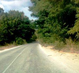 Искане до отговорните институции за спешни мерки за подобряване и обезопасяване на пътя между Панагюрище и Панагюрски колонии