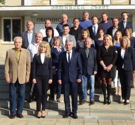 Общински съвет завърши мандата със снимка за спомен