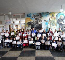 """41 ученици от СУ """"Нешо Бончев"""" се включиха в Международния турнир """"Математика без граници"""", 8 от тях бяха отличени с медали"""