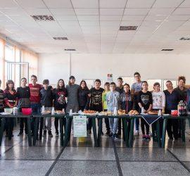 Априлци демонстрираха кулинарни умения в заключителна дейност във връзка с проект на училището по програма Еразъм+