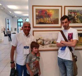 Панагюрецът Петър Ковачев и учителят му Иван Додов редят съвместна изложба