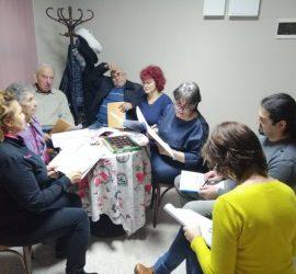 """Панагюрските театрали репетират """"С чужди драг, вкъщи враг"""" по Иван Вазов"""