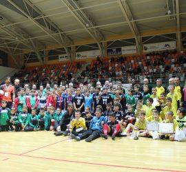 Футболна драма на финала на международния футболен турнир в Панагюрище