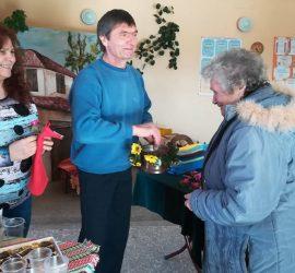 В село Попинци спазиха традицията и отбелязаха празнично Бабинден