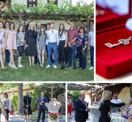 """""""Златен ключ"""" получиха отличниците на Випуск 2020' в град Панагюрище"""